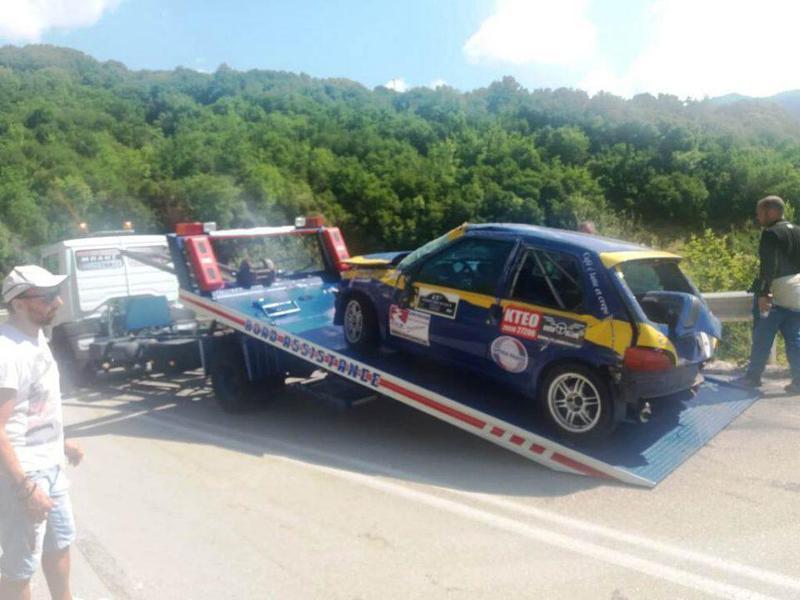 Γιάννενα: Ατύχημα στο Ηπειρωτικό Ράλι, χωρίς ευτυχώς τραυματισμούς