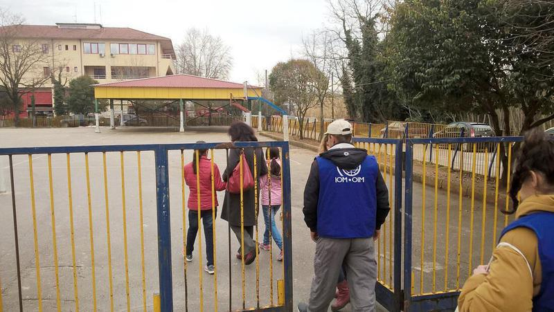 Χωρίς πρόσβαση σε σχολεία και τηλεκπαίδευση