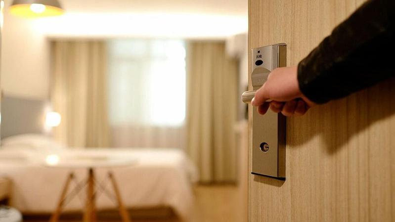Θεωρούν υποβάθμιση το ξενοδοχείο καραντίνας