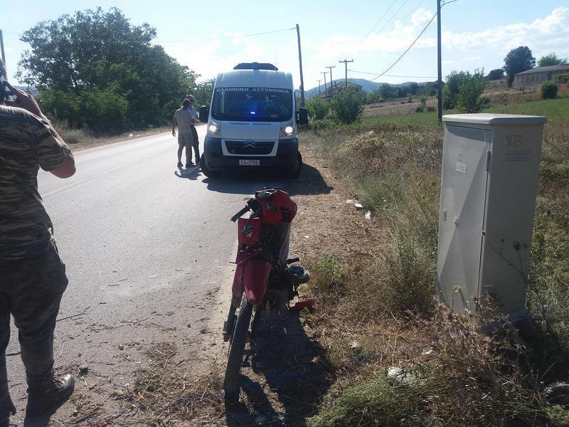 Σοβαρός τραυματισμός οδηγού μοτοποδηλάτου σε σύγκρουση με ΙΧ (φωτογραφίες)